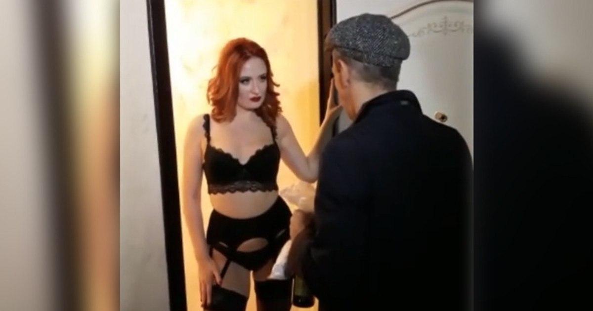 Порно актриса запела — photo 6