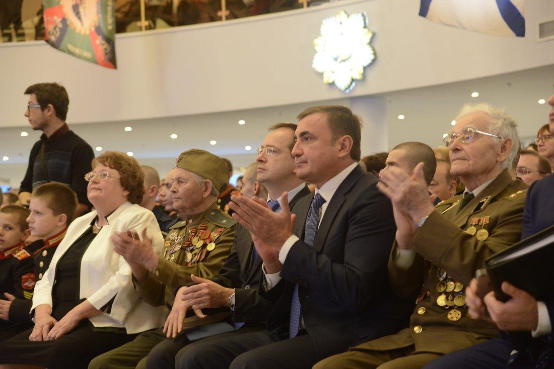 Министр культуры В. Мединский на открытии экспозиции в Музее оружия: ФОТО