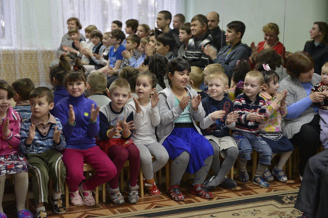 В День книгодарения книги, собранные туляками, переданы в детские дома: ФОТО