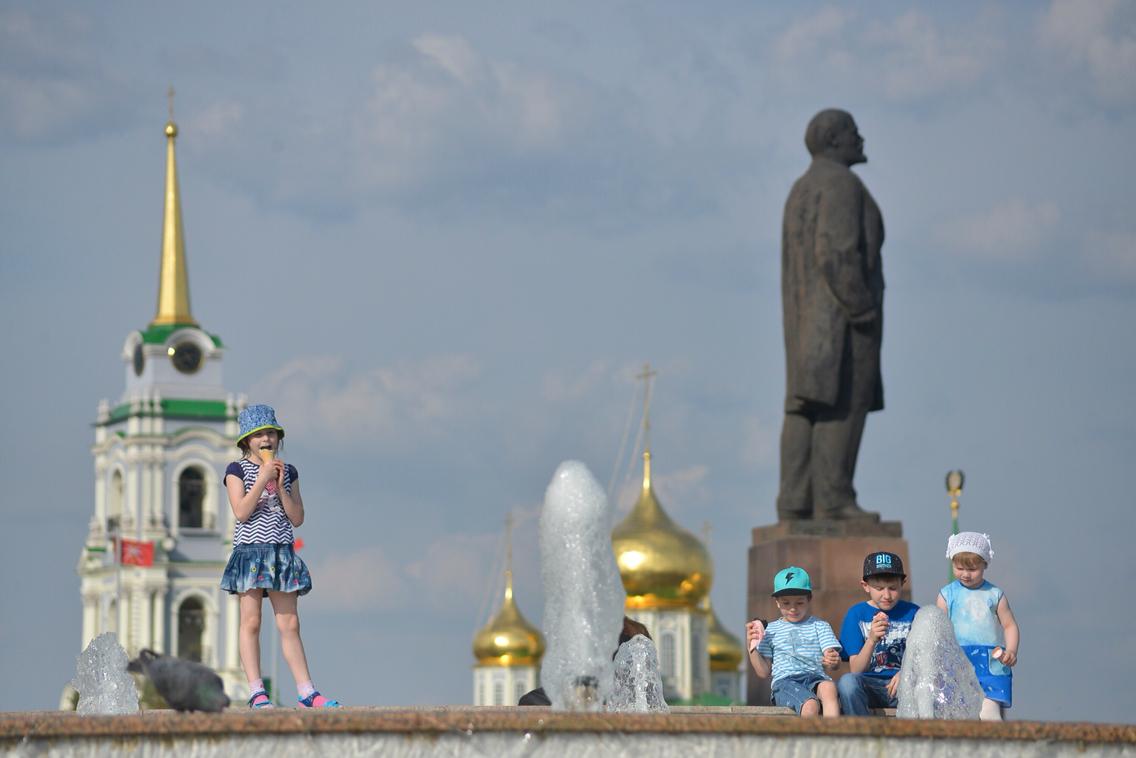 Сезон фонтанов открыт: ФОТО
