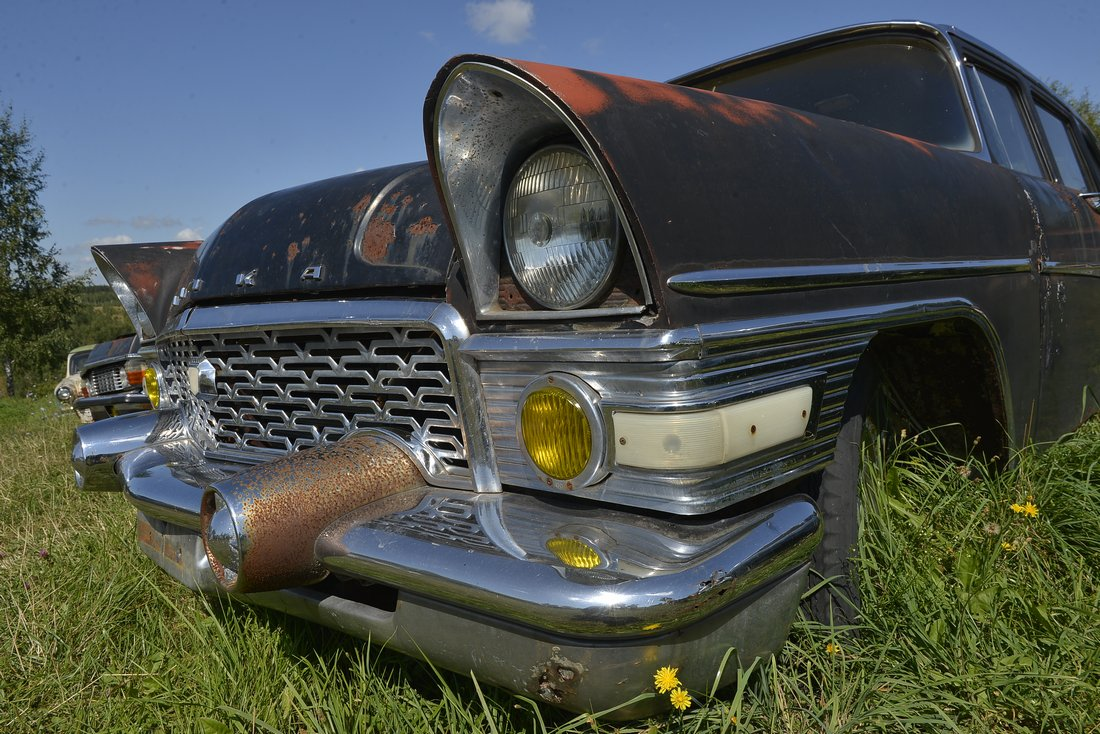 Музей раритетных автомобилей под открытым небом в Тульской области