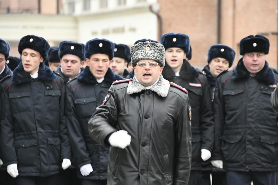 Митинг и парад ко Дню работника внутренних дел: ФОТО