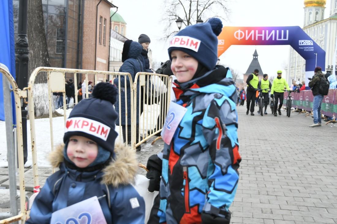 Забег в честь годовщины воссоединения с Крымом:  ФОТО