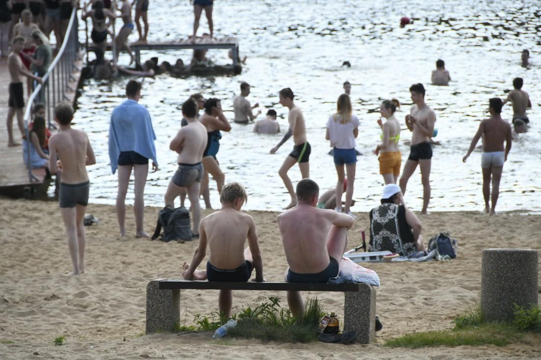 Туляки открывают пляжный сезон: ФОТО
