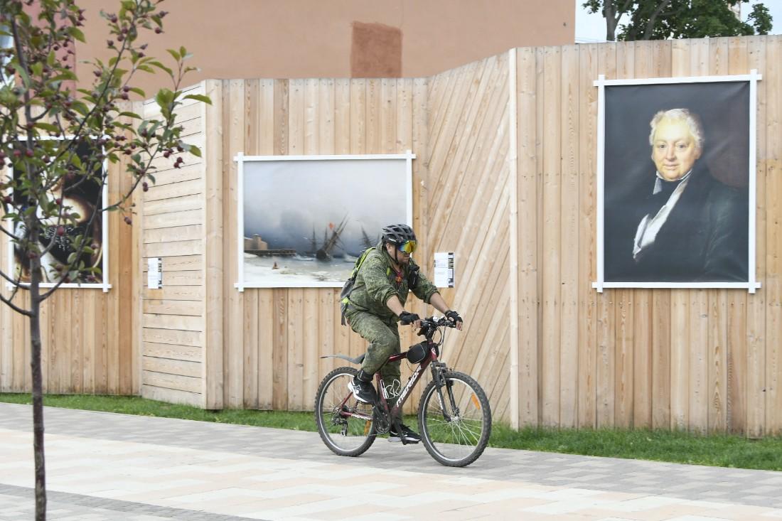 Выставка репродукций картин Художественного музея: ФОТО