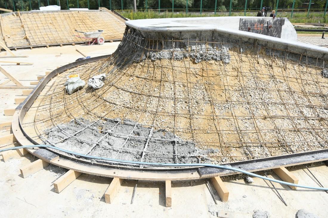 Строительство скейтпарка: ФОТО