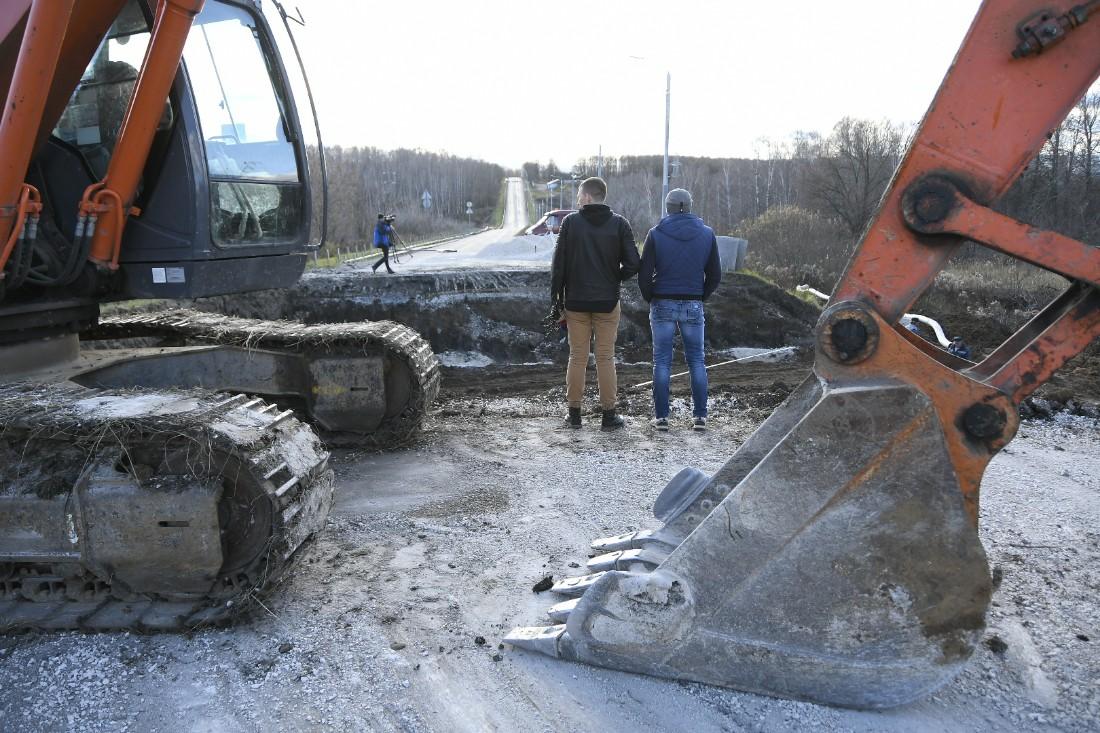 Ремонт провала на Щекинском шоссе: ФОТО